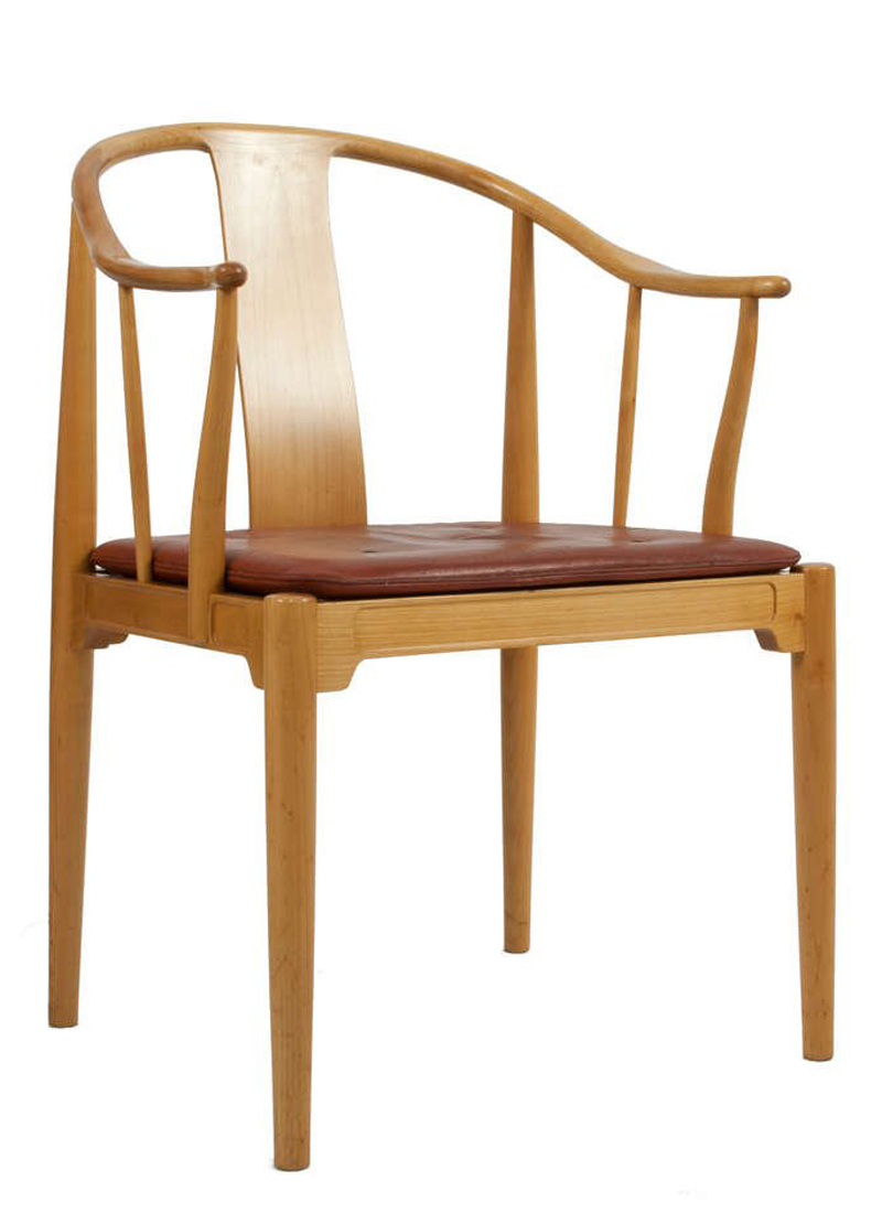 ... Traditional Ming Chairs. The First, Produced By Fritz Hansen, Is The  Closest To Its Source Material: The Back Splat Is Sculpted Into The Arm  Rail, ...